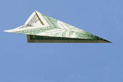 В Украине могут перекрыть международные валютные переводы
