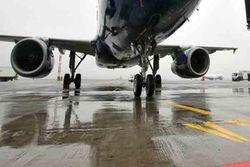 Самолет по ошибке сел на еще недостроенную полосу Минеральных Вод