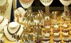 Ювелирный магазин в Запорожье ограбили бандиты с обрезами