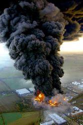 Из-за взрыва газопровода в Италии травмировано 10 человек