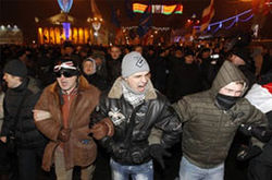 Белорусские оппозиционеры требуют признать выборы недействительными