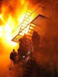 Reuters: крупный пожар в нью-йоркском районе Бруклин