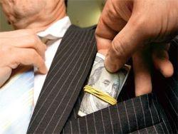 В Таджикистане растет взяточничество