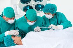 Причина смерти женщины у пластического хирурга неясна