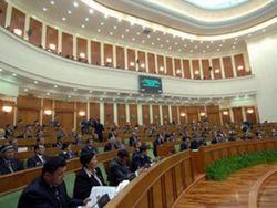 Почему парламент раскритиковал правительство Узбекистана?