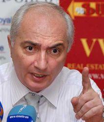 Как, по мнению демократов, улучшить экономическую ситуацию в Армении?