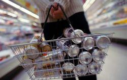 В Петербурге покупателям пива раздают бесплатные бумажные пакеты для бутылок