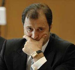 Почему молдовский премьер заинтересовался зарплатами чиновников?