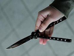 На севере Москвы злоумышленник ранил полицейского ножом