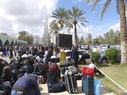 Из Триполи эвакуируют иностранных граждан