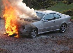 В Москве сгорело два автомобиля