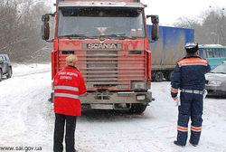 Десять пассажиров автобуса попали в больницу в Киеве
