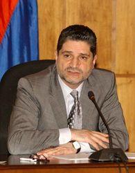 В Армении решили бороться с коррупцией