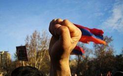 В армянской оппозиции наметился раскол?