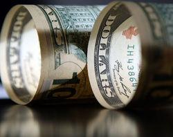 Чем доллар привлекает инвесторов?