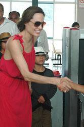 Анджелина Джоли превратилась в анорексичку