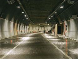 В какие сроки планируется достройка автотранспортного тоннеля в Таджикистане?