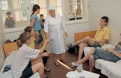 Воронежский лагерь закрыт из-за массового отравления детей