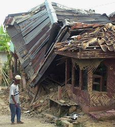 Ущерб от землетрясения в Индонезии составил миллионы долларов