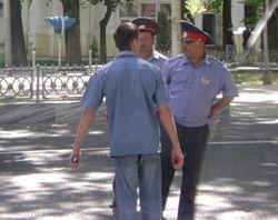 Почему таджикские правоохранители переведены на казарменное положение?