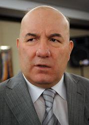 Эльман Рустамов