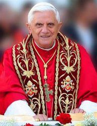 Папу Римского пригласили в Литву