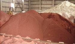 Беларусь снова поднимает цены на калий