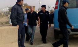 За что иракский суд приговорил англичанина к 20 годам тюрьмы?