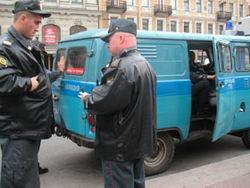 Почему усилены наряды полиции накануне взрывов в московском метрополитене?