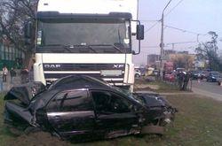 Фура протаранила легковушку в Ровенской области