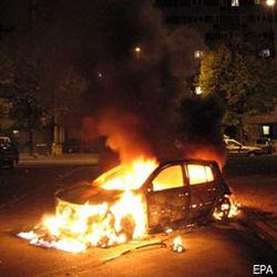 В Химках хулиганы взорвали машину подполковника полиции