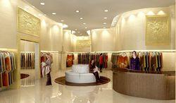 Тбилисская мэрия займется подготовкой персонала брэндовых магазинов