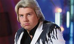 Николай Басков отдал сердце длинноногой блондинке
