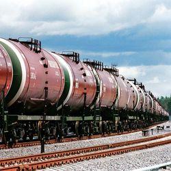 Завышенная пошлина на экспорт бензина в России сохранится до июля