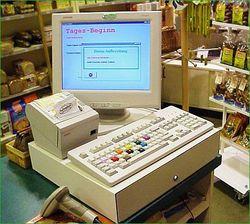 Почему литовские торговцы отказываются брать кассовые аппараты бесплатно?