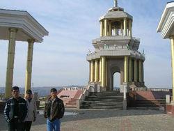 Какие объекты инфраструктуры введены к 20-й годовщине независимости Таджикистана?