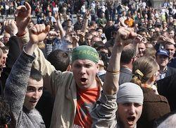 В Кишиневе тысячи демонстрантов требуют отставки действующего правительства