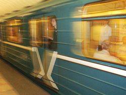 В Московском метро зарезан машинист поезда