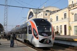 В Украине стартовали испытания скоростного поезда «Хюндай»