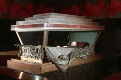 Россияне заключают пари на захоронение Ленина