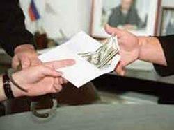Чиновника Росприроднадзора задержали при получении взятки