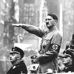 Простыня и наволочка Гитлера ушли с молотка за $3200