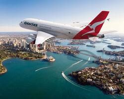 Правительство Австралии призвало Qantas решить спор