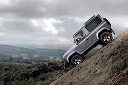Новый Land Rover Defender будет собираться на заводах в Индии