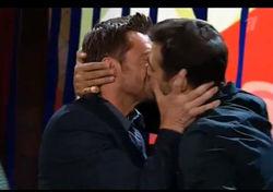 На Ивана Урганта все-таки нашли гей-компромат?