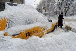 США страдают от мощных снегопадов