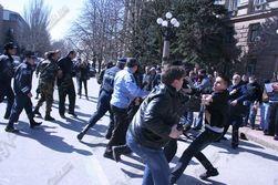Студенты из Дагестана и Калмыкии устроили массовую драку в Москве