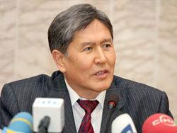 В Кыргызстане ЦИК назвал премьера Атамбаева победителем выборов