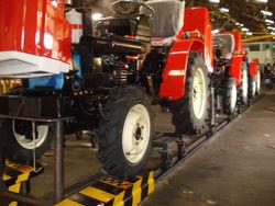 производство тракторов