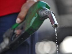 Бензин в Украине разбавят спиртом